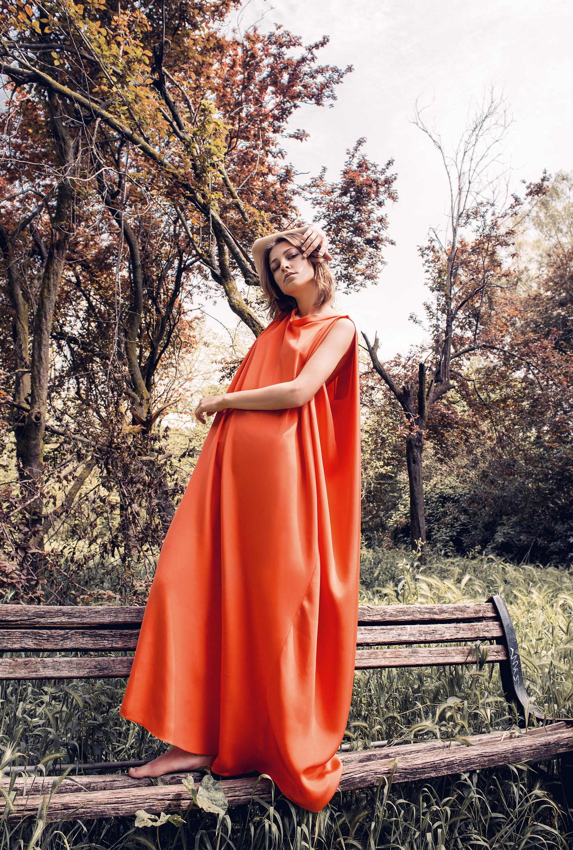 valentino-dress-orange-ss18-leamroma-editorial
